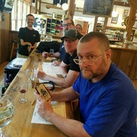 Photo taken at Vynecrest Vineyard & Winery by Arian E. on 8/28/2016