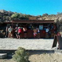 Photo taken at Chiringuito Pirata by Tuitercodigo T. on 12/18/2012
