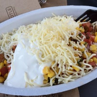 Photo taken at Chipotle Mexican Grill by Annie N. on 7/7/2014