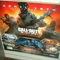 Photo taken at GameStop by Chino N. on 4/18/2013