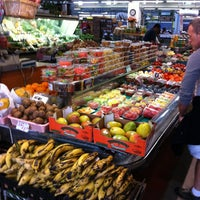 Photo taken at Sweet Auburn Curb Market by Joel H. on 3/29/2013
