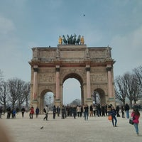 Photo taken at Arc de Triomphe du Carrousel by Qijiong J. on 3/29/2013