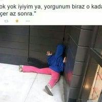 Photo taken at Evreka Ozel Ders Evi Derince Şubesi by Selda on 2/14/2015