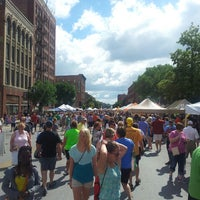 Photo taken at Downtown Des Moines Farmers Market by Chris B. on 6/29/2013