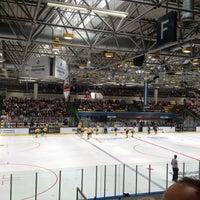 Photo taken at Eissporthalle Frankfurt by Kopfloser R. on 4/21/2013
