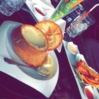 Photo taken at Diamond Cafe مطعم وقهوة الماسة by Moh S. on 1/25/2015