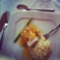 Photo taken at Porto Restaurante by Bruno G. on 11/20/2012