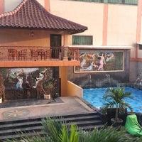 Photo taken at Pandanaran Hotel Semarang by Eko P. on 6/30/2015