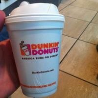 Photo taken at Dunkin Donuts by Eduardo V. on 1/5/2013