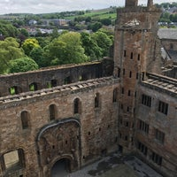 Photo taken at Linlithgow Palace by Daisy S. on 5/28/2016