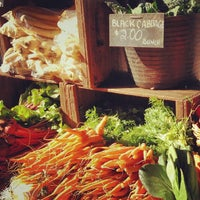 Photo taken at Noosa Farmers Market by Visit N. on 2/9/2014