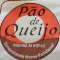 Photo taken at Padaria Pão de Queijo by Victor Hugo F. on 4/28/2013