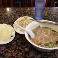 Photo taken at PHO 21 - Western by Abbie-Jane B. on 12/25/2013