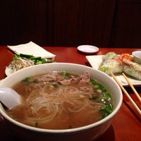 Photo taken at PHO 21 - Western by Abbie-Jane B. on 2/8/2014