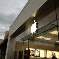 Photo taken at Apple Store, Easton Town Center by Mark R. on 1/30/2013