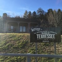 Photo taken at Tennessee Welcome Center — I-40 WB by Grace C. on 2/5/2016