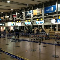 Photo taken at Aeropuerto Internacional Comodoro Arturo Merino Benítez (SCL) by Cristi J. on 5/26/2013