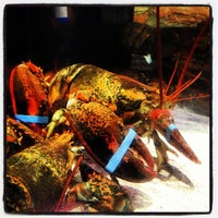 Photo taken at Red Lobster by Kenny C. on 2/6/2013