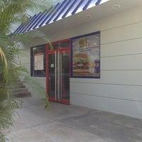 Photo taken at Burger King by Ismael U. on 1/31/2013