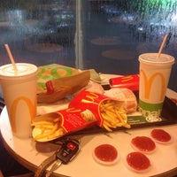 Photo taken at McDonald's by Haiqal R. on 9/30/2016