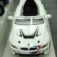 Photo taken at Autohaus BMW by Vivienne V. on 9/11/2013