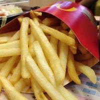 Photo taken at McDonald's by Noppadol S. on 6/27/2013