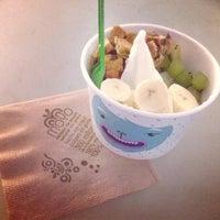Photo taken at Moyo Frozen Yogurt by Karlitaa P. on 3/24/2013