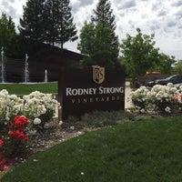 Photo taken at Rodney Strong Vineyards by Kazu K. on 5/3/2016