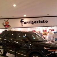 Photo taken at Ferrisariato by Josue D. on 1/30/2013