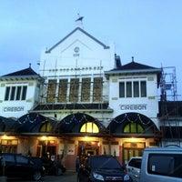 Photo taken at Stasiun Cirebon Kejaksan by Syuman A. on 5/17/2013