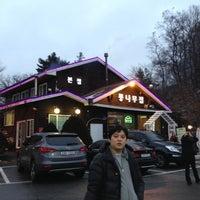 Photo taken at 통나무집 by Hyung Won K. on 12/15/2012