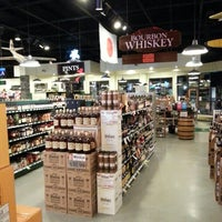 Photo taken at McScrooge's Wines & Spirits by Mark N. on 1/17/2014