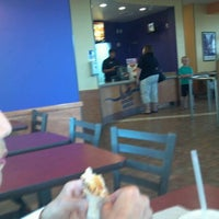 Photo taken at Taco Bell by Wayne S. on 8/11/2013