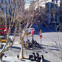 Photo taken at Hotel Paseo de Gracia by Rubens Z. on 2/12/2013