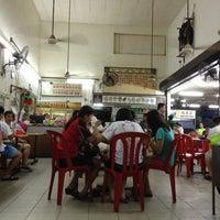 Photo taken at Restoran Weng Soon Jaya by James T. on 5/5/2013