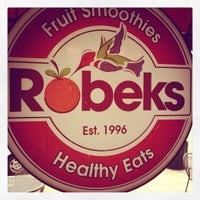 Photo taken at Robeks Fresh Juices & Smoothies by Derek D. on 9/28/2012