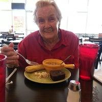 Photo taken at Souper Salad by Dale E. on 5/23/2013