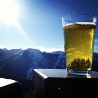Photo taken at The Sundeck at Aspen Mountain by Jessica B. on 2/12/2013