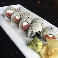 Photo taken at Sweet Ginger Asian Bistro & Sushi by Elina S. on 7/23/2016