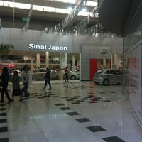 Photo taken at Auto Shopping Aricanduva by Rafael M. on 3/18/2013