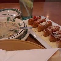 Photo taken at Olive Garden by Shenika B. on 4/15/2013