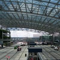 Photo taken at Portland International Airport (PDX) by edgar r. on 6/10/2013