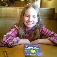 Photo taken at Olive Garden by Rachel S. on 12/8/2013