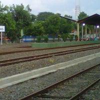 Photo taken at Stasiun Jombang by Cahya P. on 3/12/2013