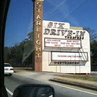 Photo taken at Starlight Six Drive-In by Atiera W. on 3/7/2013