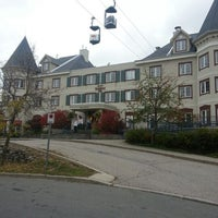 Photo taken at Marriott Mont Tremblant by Jean-Claude B. on 10/4/2012