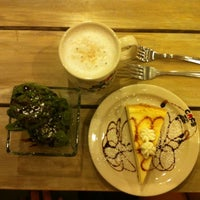 Photo taken at Cafe Bench by Hoyin T. on 9/4/2012
