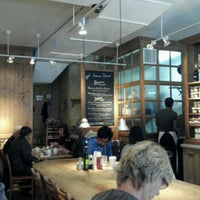 Photo taken at Le Pain Quotidien by Humphrey C. on 9/17/2011