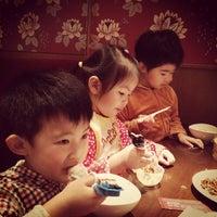 Photo taken at Xia Mian Guan 夏麵館 by Felix L. on 5/12/2012