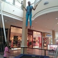 Photo taken at Westfield Sunrise by Alexis L. on 9/7/2012